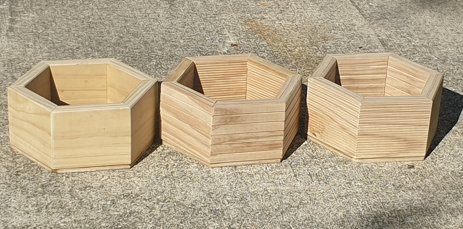 Set of 3 FlatHex planter boxes 34cm